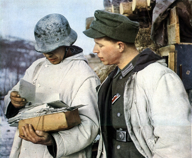 German troops receive mail