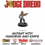 JD20090-Mutant-with-Handgun-and-knife