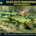 New: Sd.Kfz 251/7C Pionierwagen with panzerbüchse 41