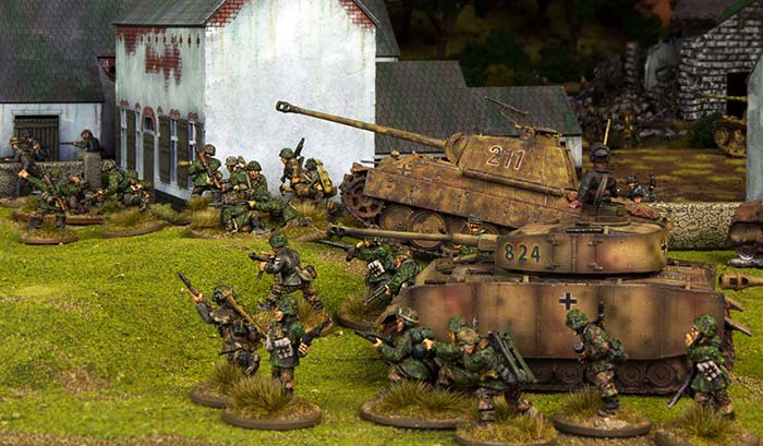 tanks-infantry-700