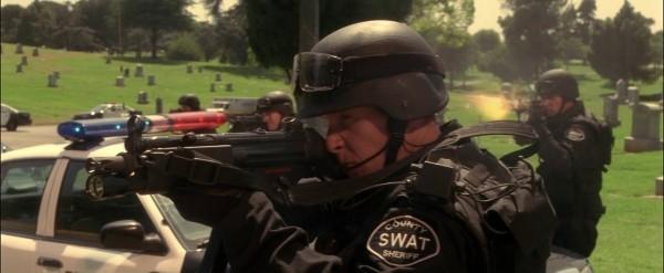 SWAT601px-T3-MP5NSWATa