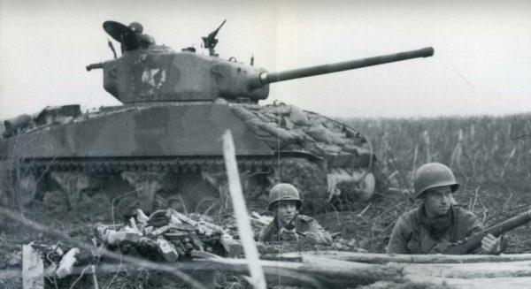 Sherman 76 Arracourt