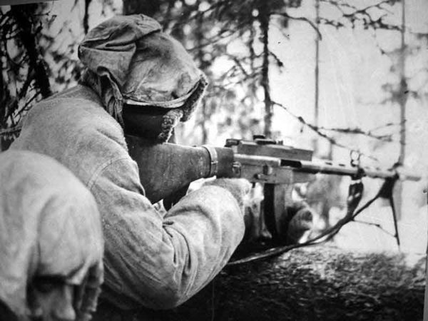 Finnish-defender-with-Lahti-Saloranta_M-26