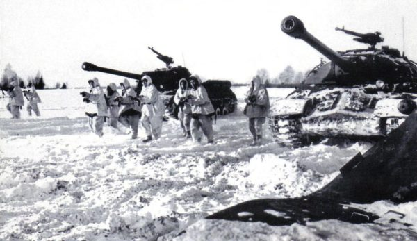 is-3.Winter 45