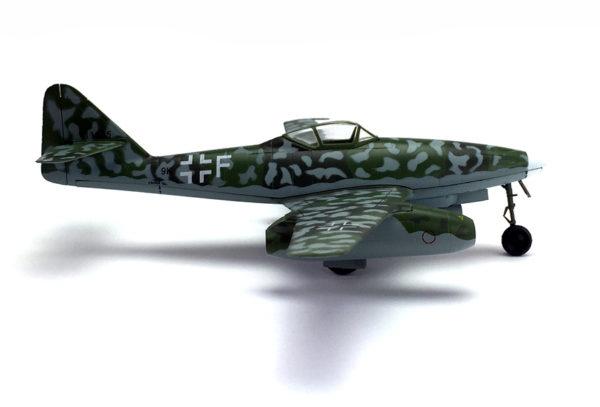 Me262A-2a side