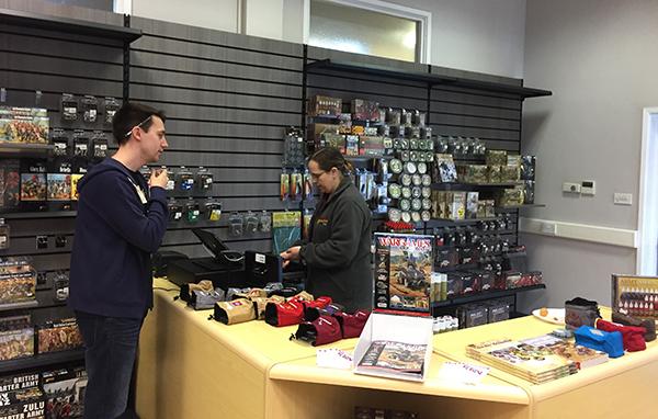 shop-2-rich-dando-buying-stuff
