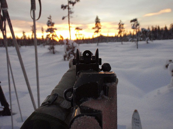 shooting-long-range-with-iron-sight