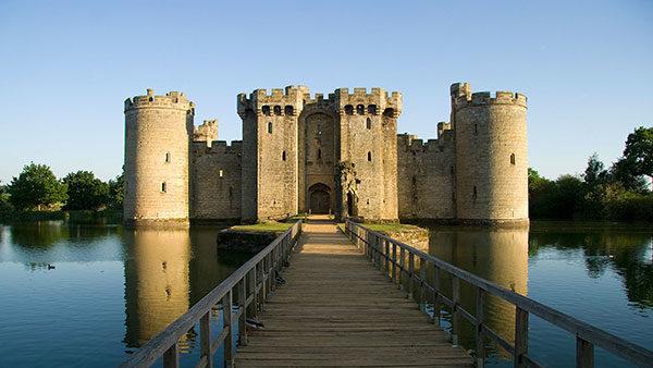 bodiam-castle1