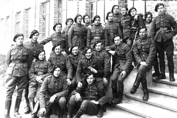 A group of Chasseurs Ardennais pose for a photo, 1930s.