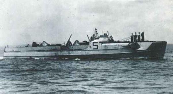 A Kriegsmarine S-100 class E-Boat!