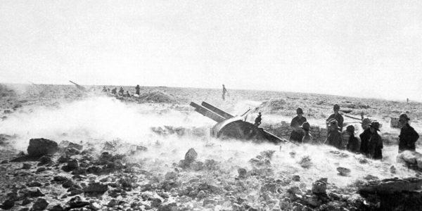Dug-in Italian artillery guns open fire! Babini Group