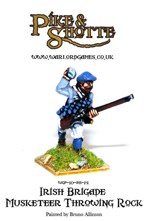 Irish Brigade Musketeer Throwing Rock