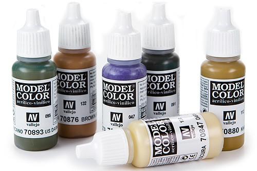 Model Colour