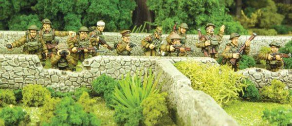 Brit inf behind wall