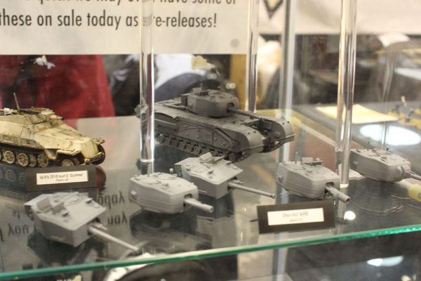 Salute 2016 Cabinets (11)
