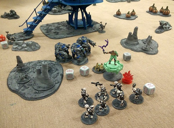 8, Lavamites Ready to assult outcasts (and counter attacked by assault suits)