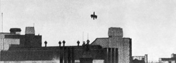 The wrecked Dornier plummets towards Victoria Station.